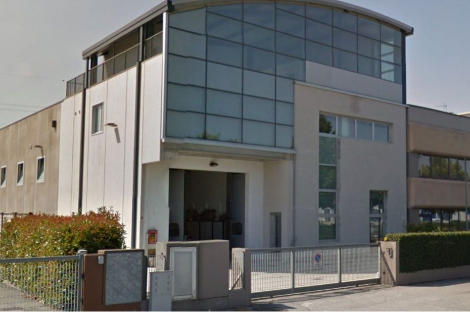 DIREZIONALE – 980 m²